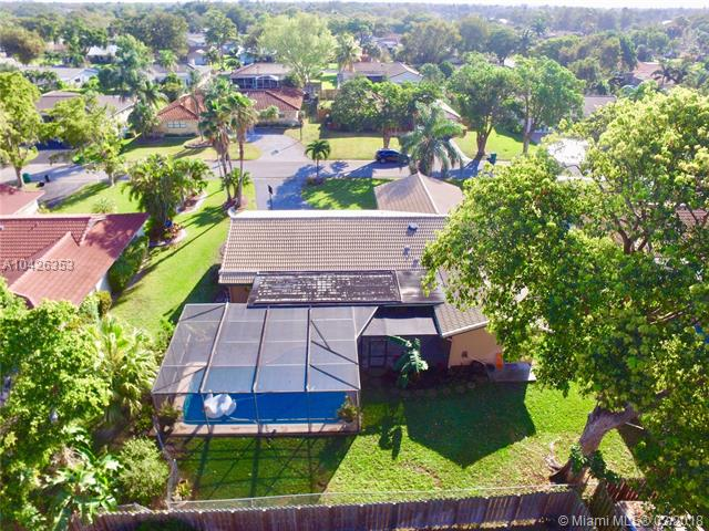 240 Nw 90th Ave, Coral Springs, FL - USA (photo 3)