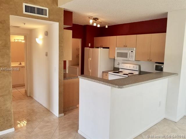 8050 N Nob Hill Rd  #207, Tamarac, FL - USA (photo 1)