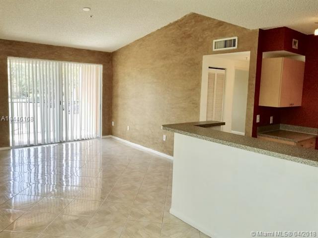 8050 N Nob Hill Rd  #207, Tamarac, FL - USA (photo 3)