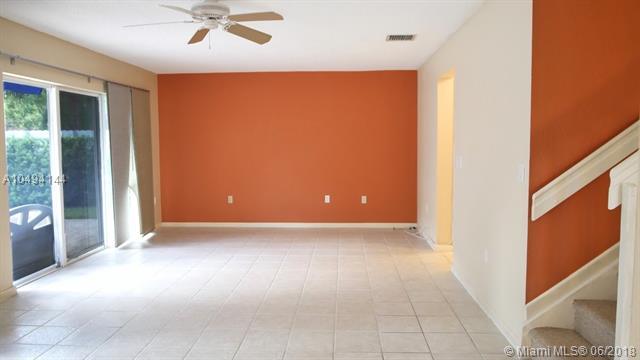 21298 Sw 91 Ave, Cutler Bay, FL - USA (photo 3)