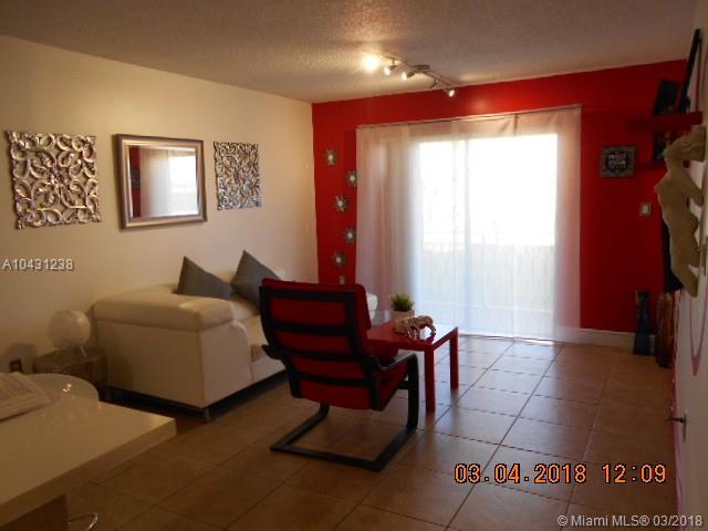 8425 Nw 8th St  #106, Miami, FL - USA (photo 3)