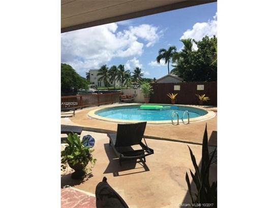 12735 Ixora Rd, North Miami, FL - USA (photo 1)