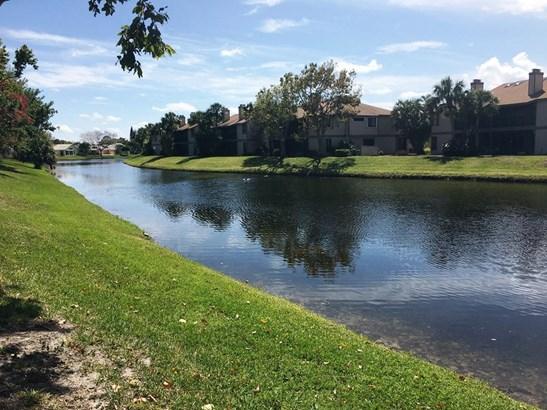 Condo/Townhouse - Greenacres, FL (photo 3)