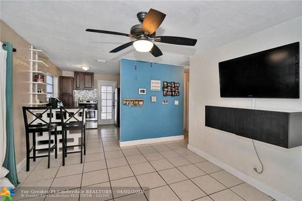 3911 Sw 59th Ave, Davie, FL - USA (photo 5)