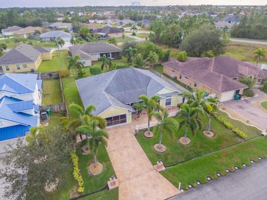2348 Sw Almansa Avenue, Port St. Lucie, FL - USA (photo 2)