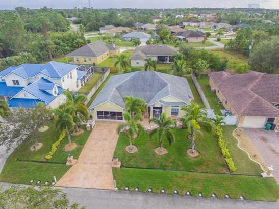 2348 Sw Almansa Avenue, Port St. Lucie, FL - USA (photo 3)