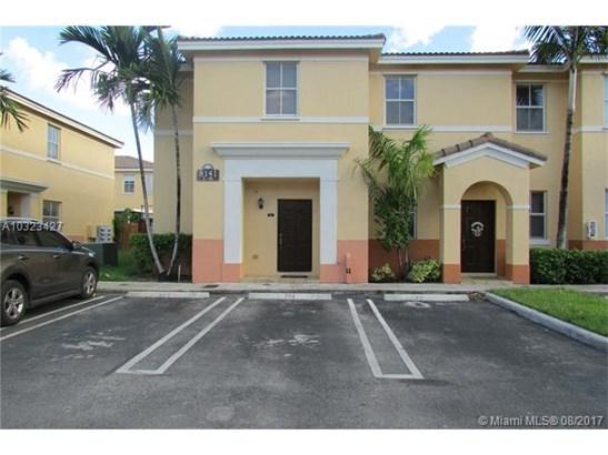 Rental - Hialeah, FL (photo 1)