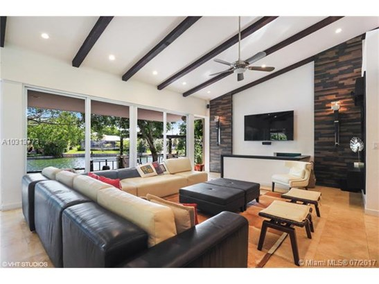 4014 Granada Blvd, Coral Gables, FL - USA (photo 5)