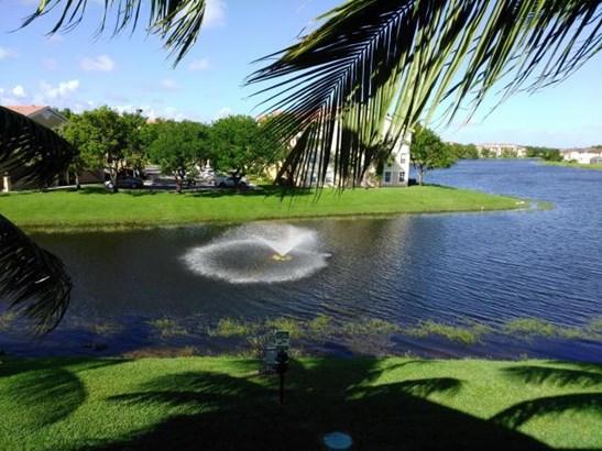 4190 San Marino Boulevard Unit 304, West Palm Beach, FL - USA (photo 1)