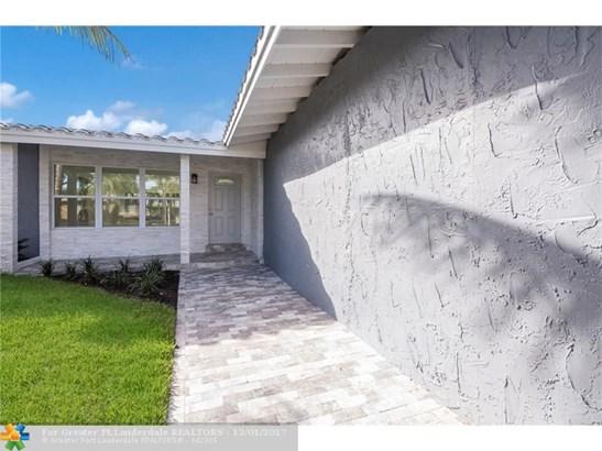 2824 Ne 23rd St, Fort Lauderdale, FL - USA (photo 3)