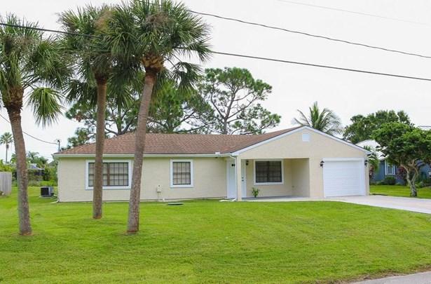 2481 Se Leithgow Street, Port St. Lucie, FL - USA (photo 1)