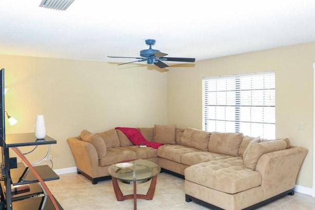 2481 Se Leithgow Street, Port St. Lucie, FL - USA (photo 3)
