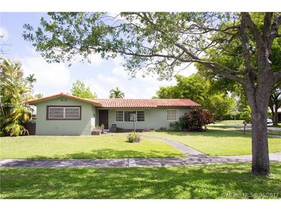 Single-Family Home - Miami Springs, FL (photo 1)