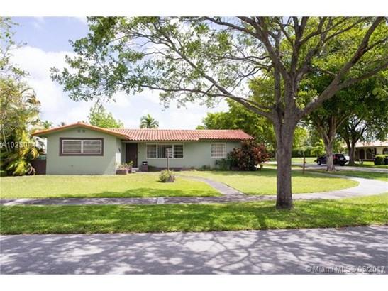 Single-Family Home - Miami Springs, FL (photo 5)