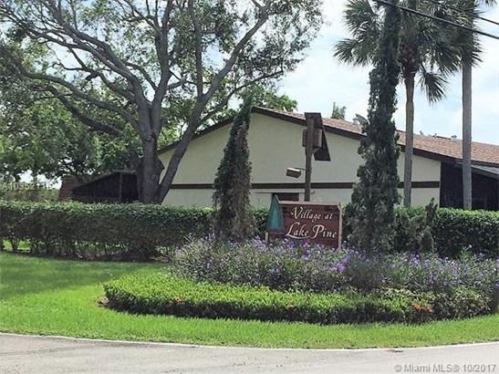 Condo/Townhouse - Davie, FL (photo 1)