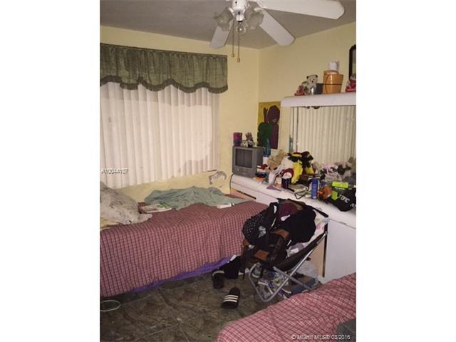 2349 Fairway Dr, West Palm Beach, FL - USA (photo 5)