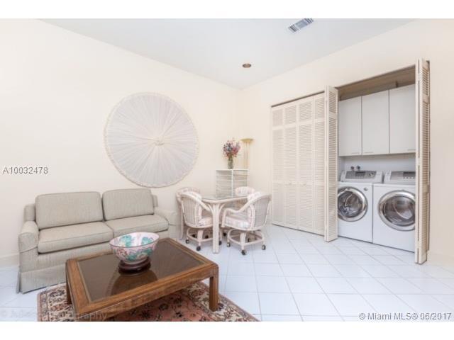 Single-Family Home - Aventura, FL (photo 4)