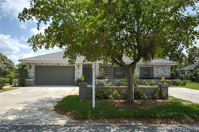 3920 Nw 105th Ave, Coral Springs, FL - USA (photo 1)
