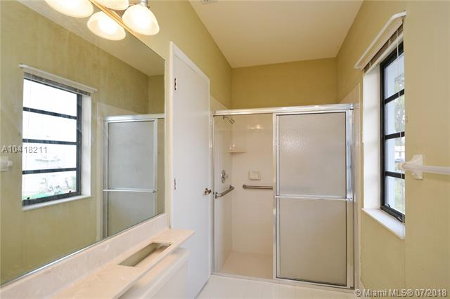 3920 Nw 105th Ave, Coral Springs, FL - USA (photo 2)