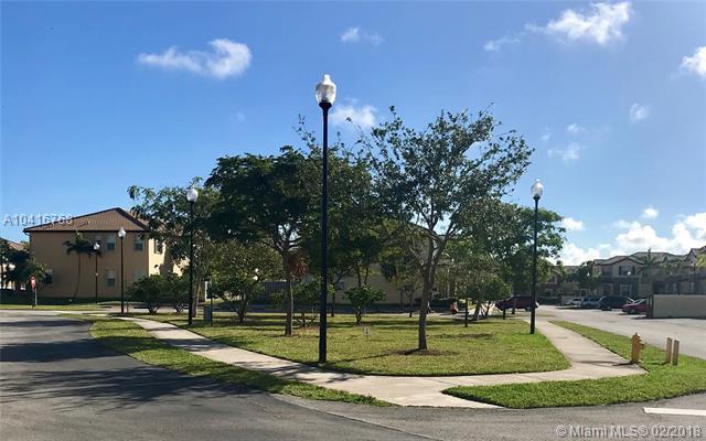 9123 Sw 227th St  #3, Cutler Bay, FL - USA (photo 3)