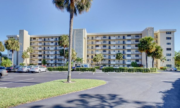 2430 Deer Creek Country Club Boulevard Unit 407-2, Deerfield Beach, FL - USA (photo 1)