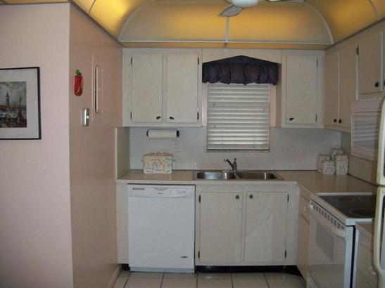 2430 Deer Creek Country Club Boulevard Unit 407-2, Deerfield Beach, FL - USA (photo 4)