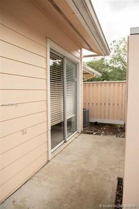 2135 Champions Way  #2135, North Lauderdale, FL - USA (photo 3)