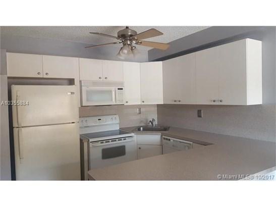 Rental - Miami Lakes, FL (photo 5)