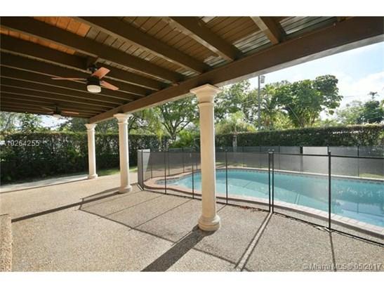 Single-Family Home - Miami Springs, FL (photo 2)