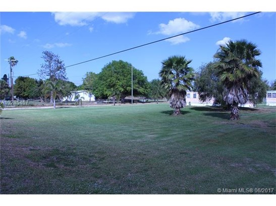 1023 Jacus, Moore Haven, FL - USA (photo 2)