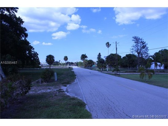 1023 Jacus, Moore Haven, FL - USA (photo 5)