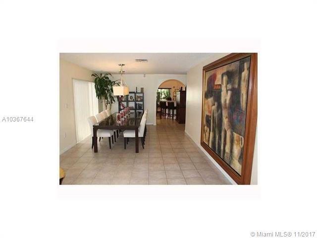 9526 Sw 155th Ave, Miami, FL - USA (photo 4)