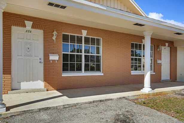533 W Jasmine Drive Unit 5, Lake Park, FL - USA (photo 2)