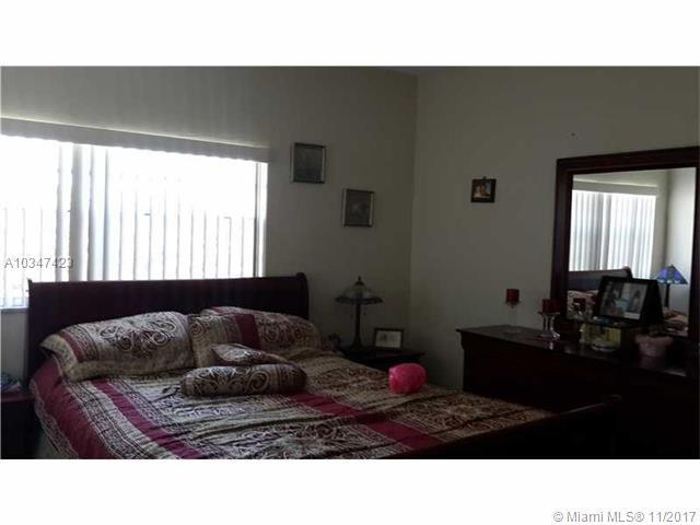 1350 W 53rd St, Hialeah, FL - USA (photo 5)