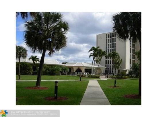 1627 Ne Riverview Rd #715, Deerfield Beach, FL - USA (photo 1)