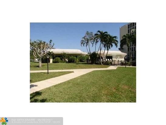 1627 Ne Riverview Rd #715, Deerfield Beach, FL - USA (photo 3)