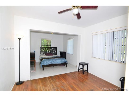 5920 Sw 61st Ave, South Miami, FL - USA (photo 4)