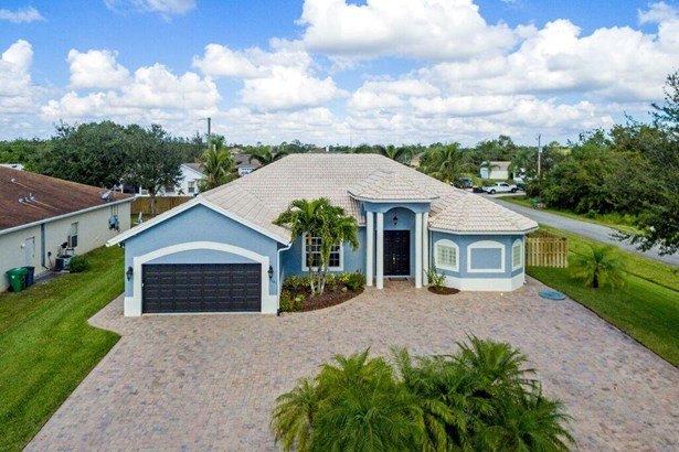 1101 Sw Kickaboo Road, Port St. Lucie, FL - USA (photo 2)