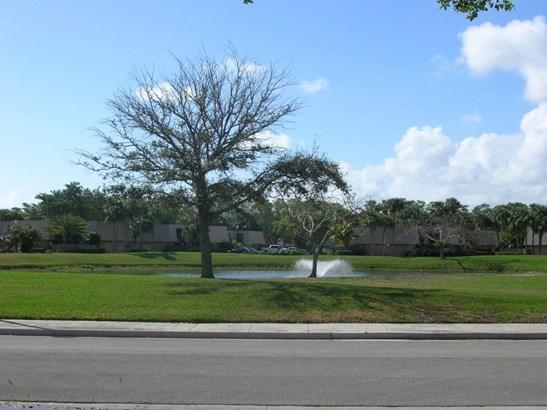 6324 63rd Way, West Palm Beach, FL - USA (photo 4)