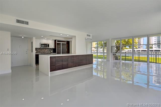800 Parkview  #120, Hallandale, FL - USA (photo 2)
