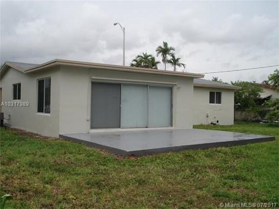 790 W 70th Pl, Hialeah, FL - USA (photo 4)