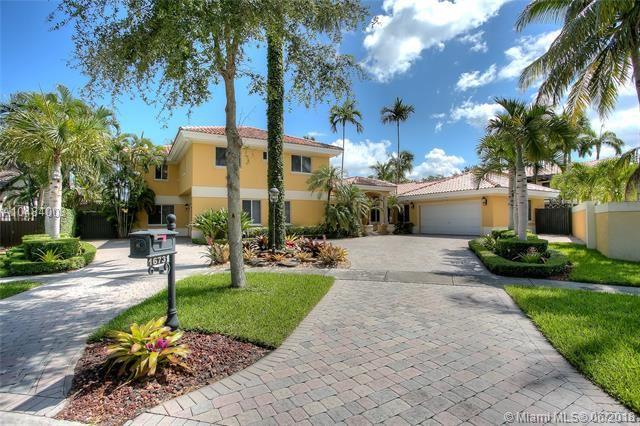 16731 Nw 82nd Ct, Miami Lakes, FL - USA (photo 1)