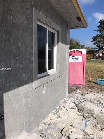 1781 Nw 67th St, Miami, FL - USA (photo 2)