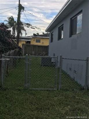 1240 Nw 147th St, Miami, FL - USA (photo 4)