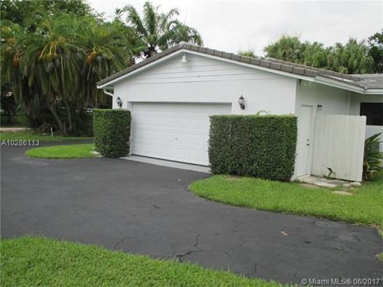 15155 Sw 72nd Ct, Palmetto Bay, FL - USA (photo 2)
