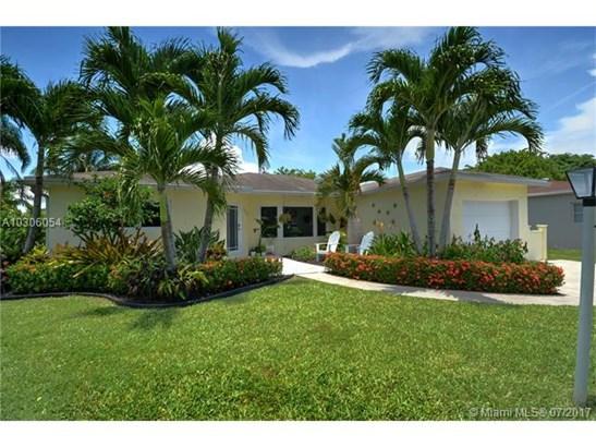 Single-Family Home - Margate, FL (photo 1)