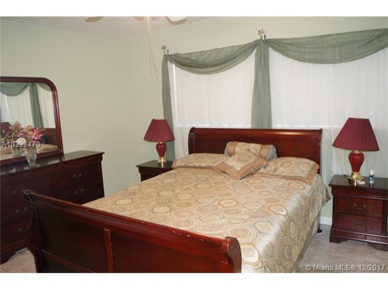 5103 Nw 35th St  #403, Lauderdale Lakes, FL - USA (photo 1)