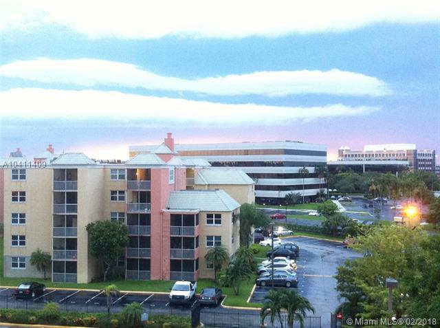 8100 Geneva Ct  #233, Doral, FL - USA (photo 1)