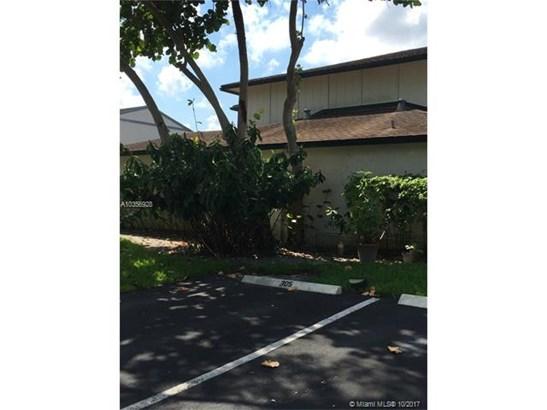 704 Nw 132nd Ter, Plantation, FL - USA (photo 2)