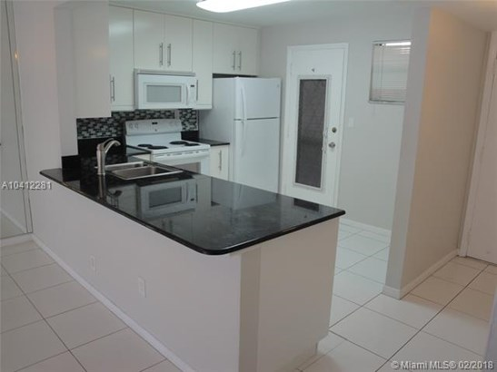 406 Nw 68th Ave  #301, Plantation, FL - USA (photo 1)